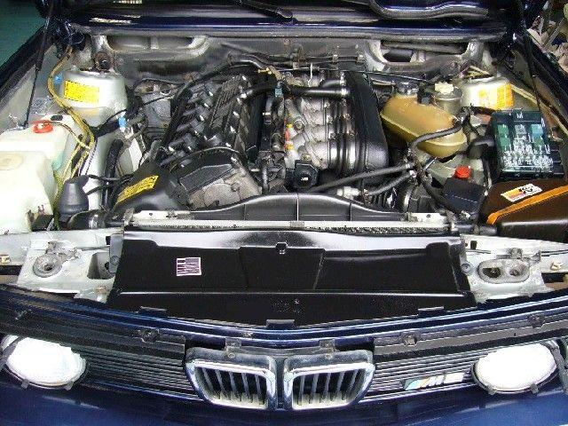 39 86 bmw m5 e28 highway star garage for Garage bmw chambery 73