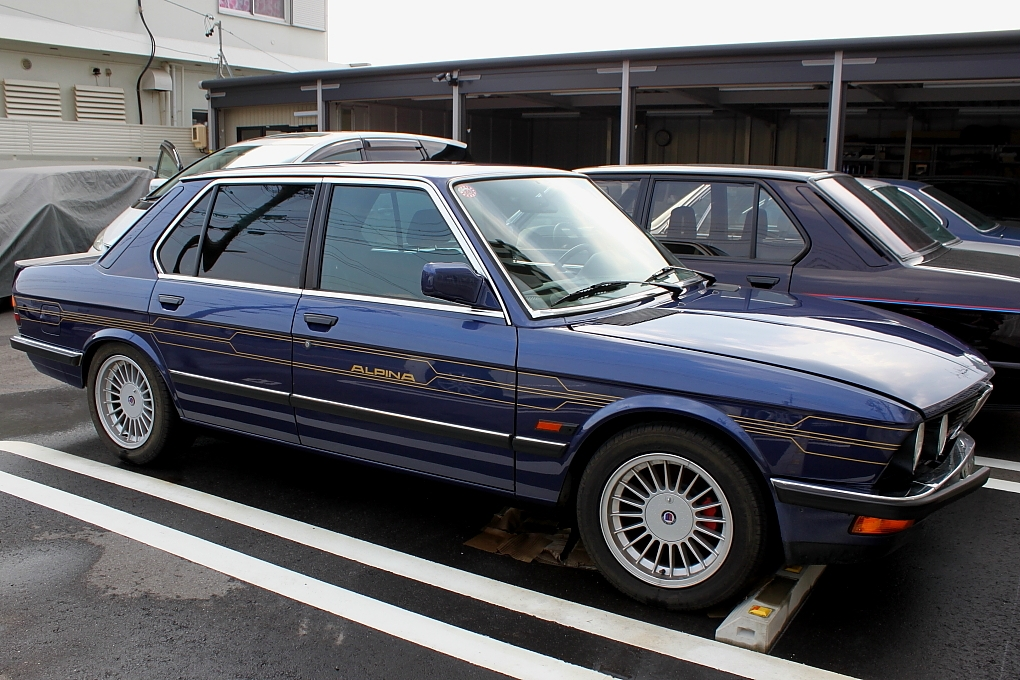 Side story b7 3 bmw e28 highway for Garage bmw 57 thionville